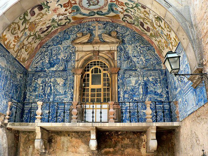 Porta da Vila_Painel de azulejo entrada de Óbidos_By Paulo Juntas