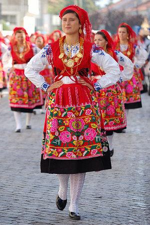 Romaria Nossa Senhora d'Agonia em Viana do Castelo- Trajes festivos locais
