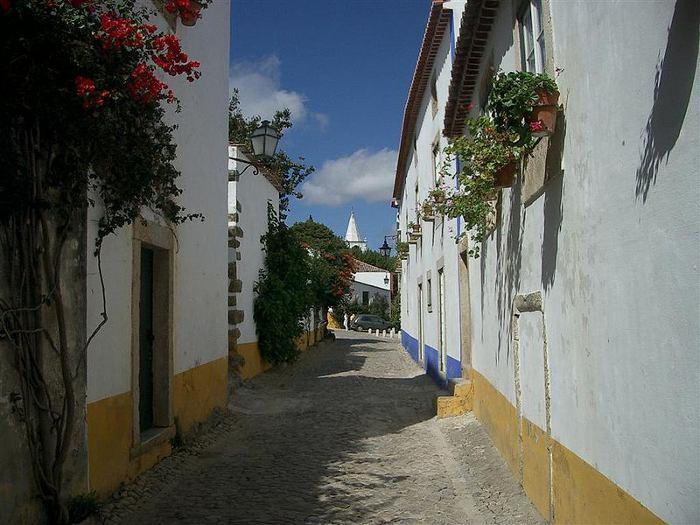 Rua de Óbidos_By Blorg